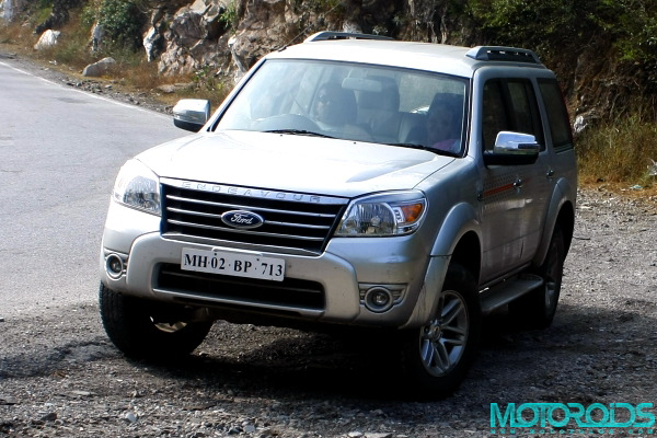 Motoroids Ford Endeavour 3.0 AT