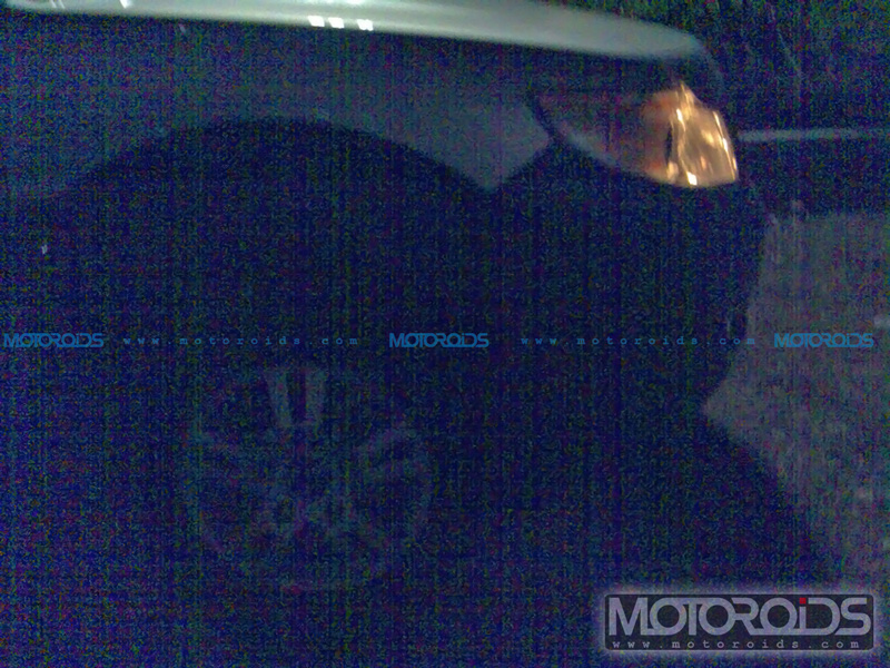 Spy / Scoop Photos of the 2012 Tata Safari Merlin along with details on engine options, expected price and launch.