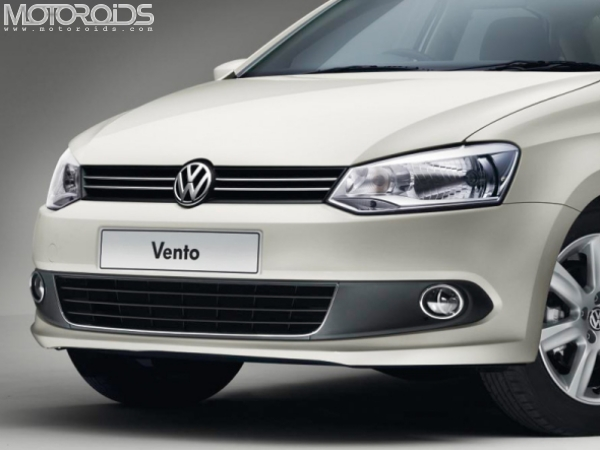 Volkswagen Vento 1.4-litre petrol coming to India by early 2011. More details on engine specs, tentative pricing and launch dates on Motoroids.com