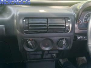 Mmahindra Thar center console