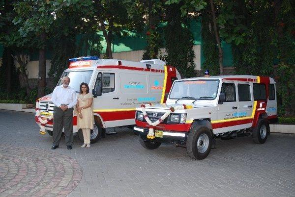 rp_Shri-Firodia-trust-donates-50-ambulances.jpg