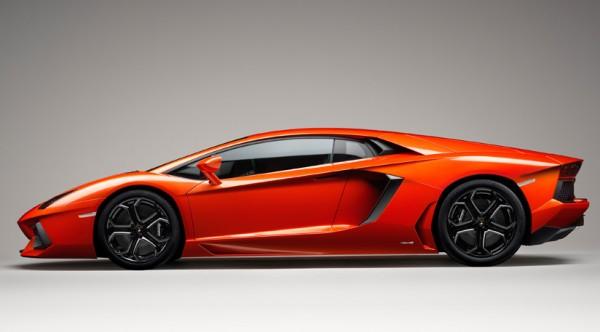 rp_Lamborghini-Aventador-profile.jpg
