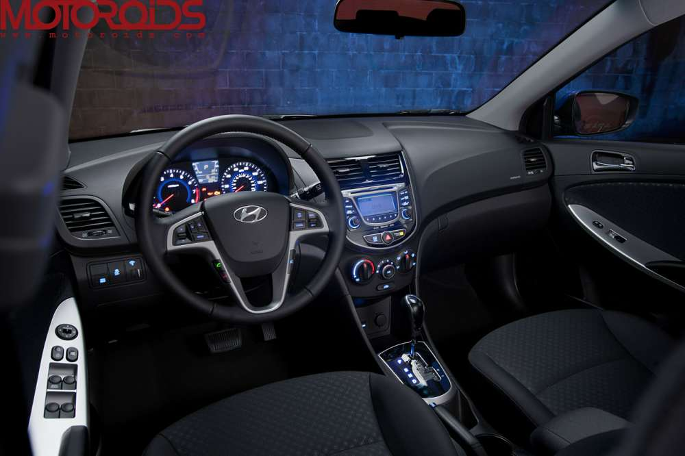 2012 Hyundai Accent / verna hatch and sedan (6)