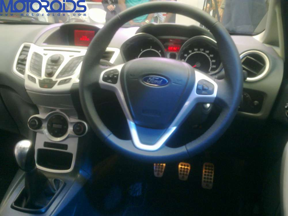 New Ford Fiesta India details, specs and features (14)