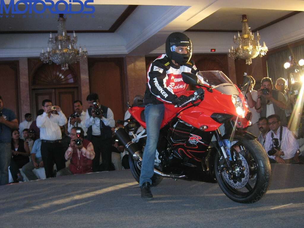 Hyosung ST7 and GT650R India launch (6)