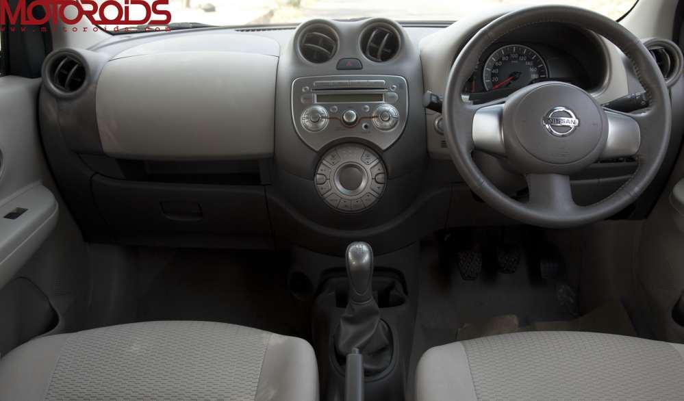 Micra diesel interior
