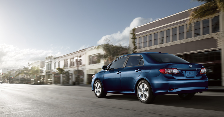 Toyota India will introduce the new refresh Toyota Corolla Altis May 2011 which will offer a 7-Speed CVT.