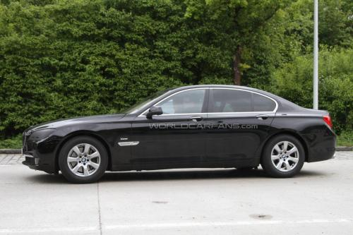 BMW 2012 7 series facelift spied