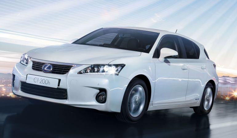 Lexus CT200h Hybrid wall projection on Earth Day