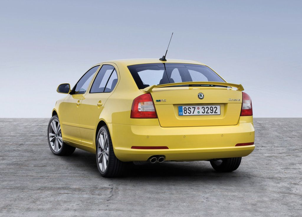 Skoda Plans To Introduce Laura RS