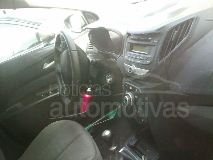 Hyundai i15 interior
