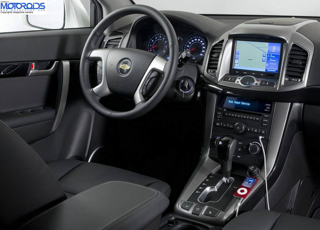 New 2012 captiva coming by october 2011 all the details - 2012 chevy captiva interior door handle ...