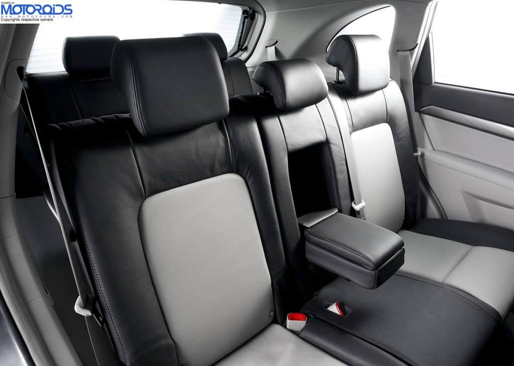 2012 Chevrolet Captiva (3)