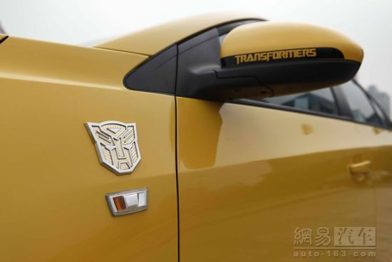 Chevrolet-Cruze-Limited-Transformers-Edition-Side