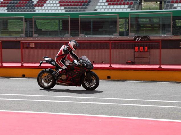 Ducati-1199-bike