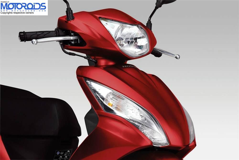 Honda-Vision-110-front