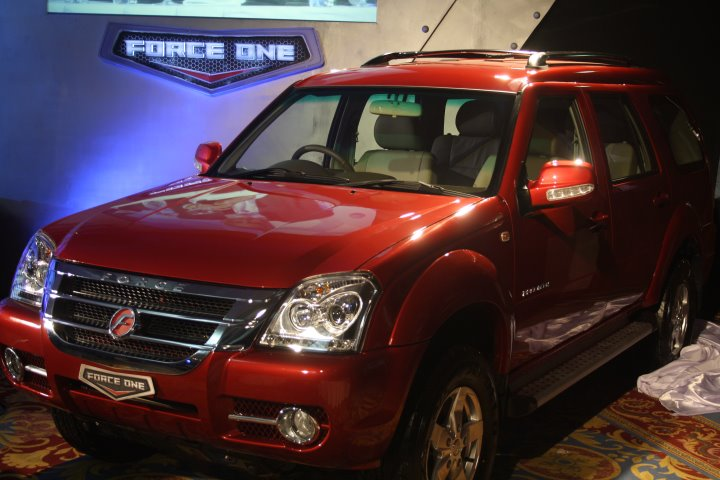 Force One SUV