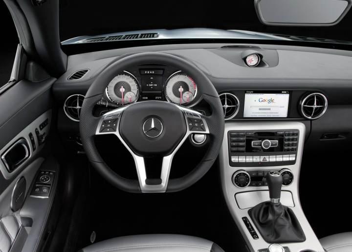 Mercedes-Benz SLK Class interior