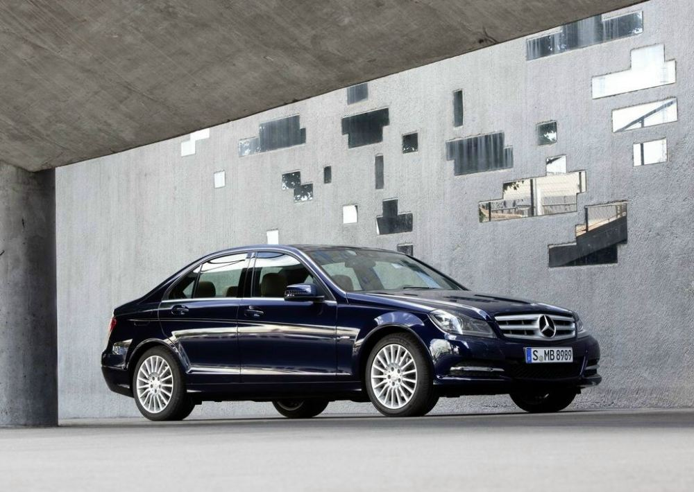 New 2012 Mercedes C-class (10)