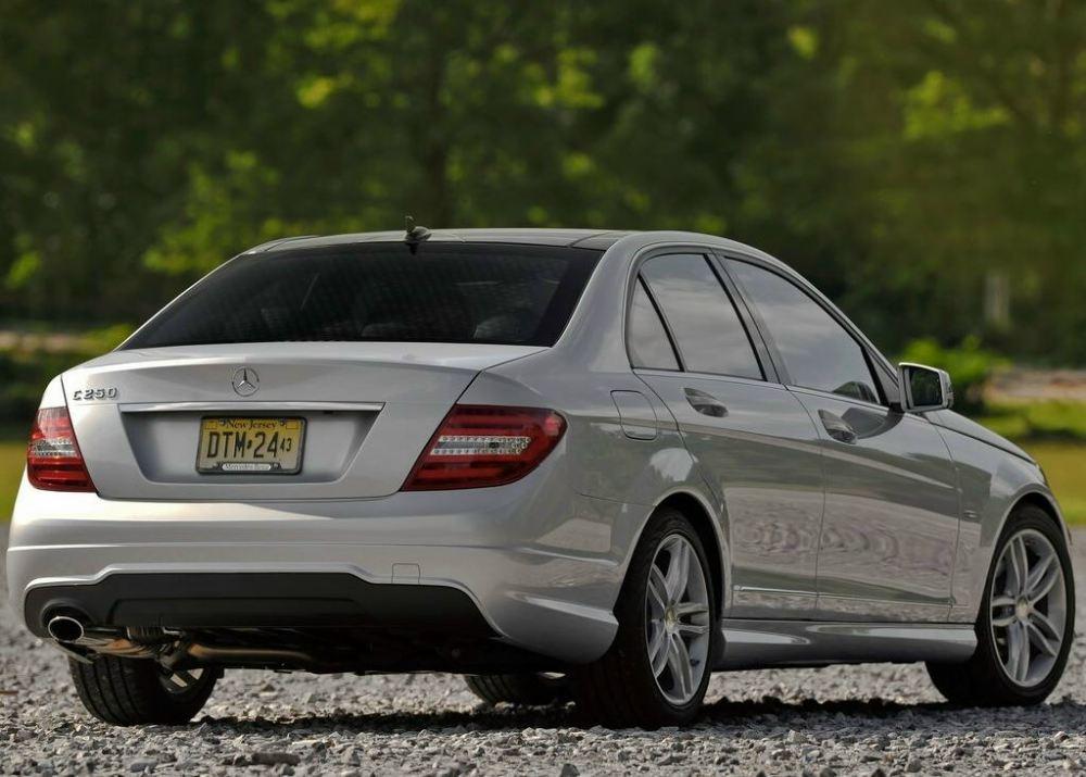 New 2012 Mercedes C-class (4)