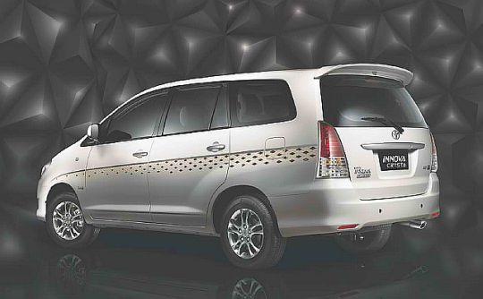Toyota-Innova-Crysta-Limited-Edition-MPV-2