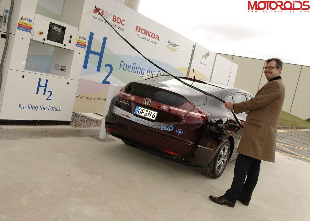 Hydrogen_Refuelling_Station_at_Honda_in_Swindon