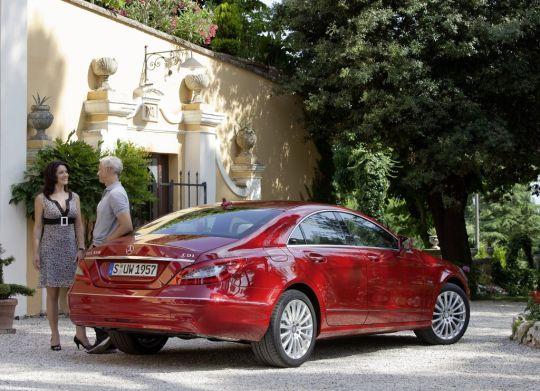Mercedes Benz CLS - www.motoroids.com