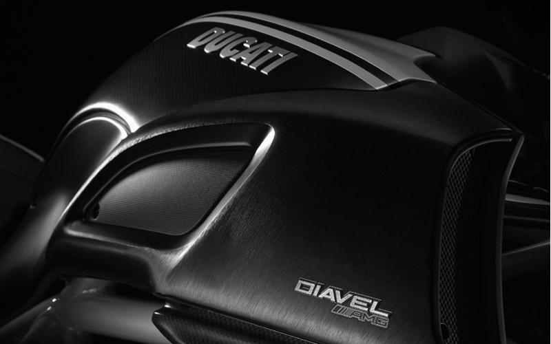 Ducati Diavel AMG (6)
