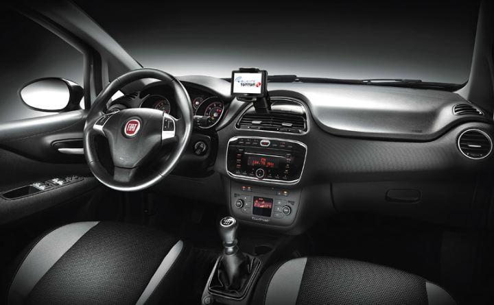 Grande-Punto-facelift-interior-1