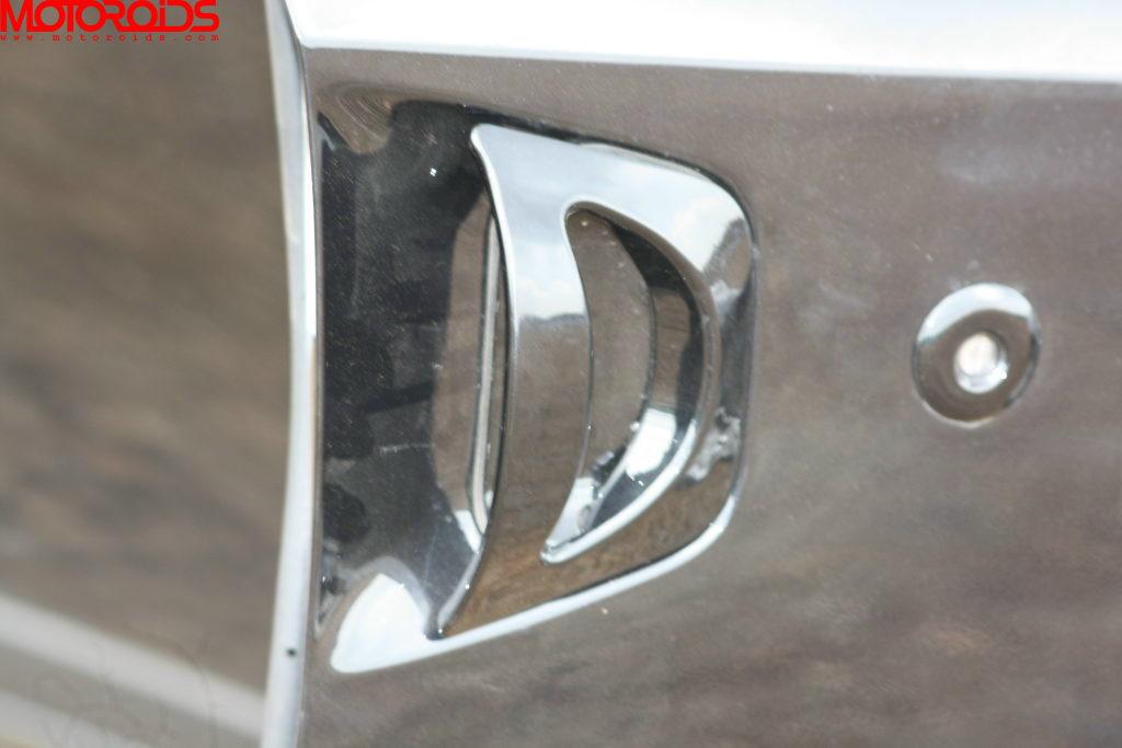 Mahindra XUV500 (87)