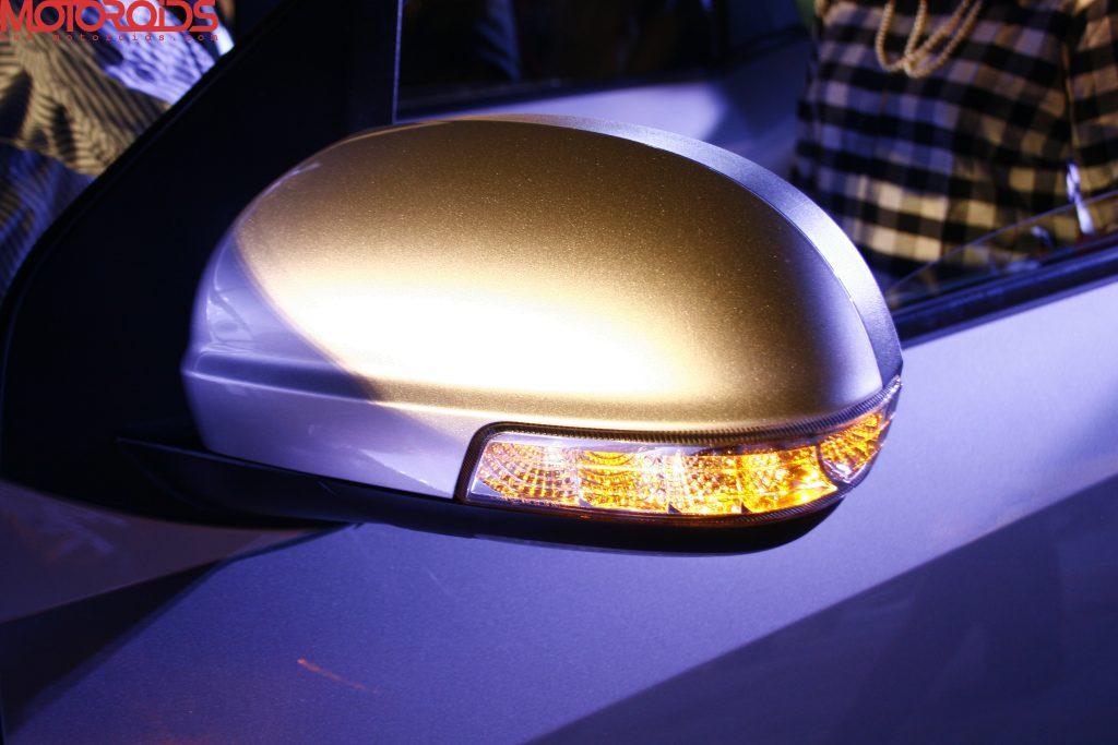 Mahindra XUV500 (42)