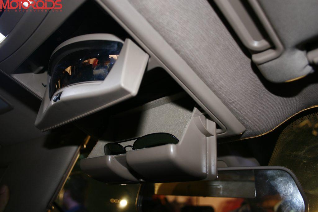 Mahindra XUV500 (33)