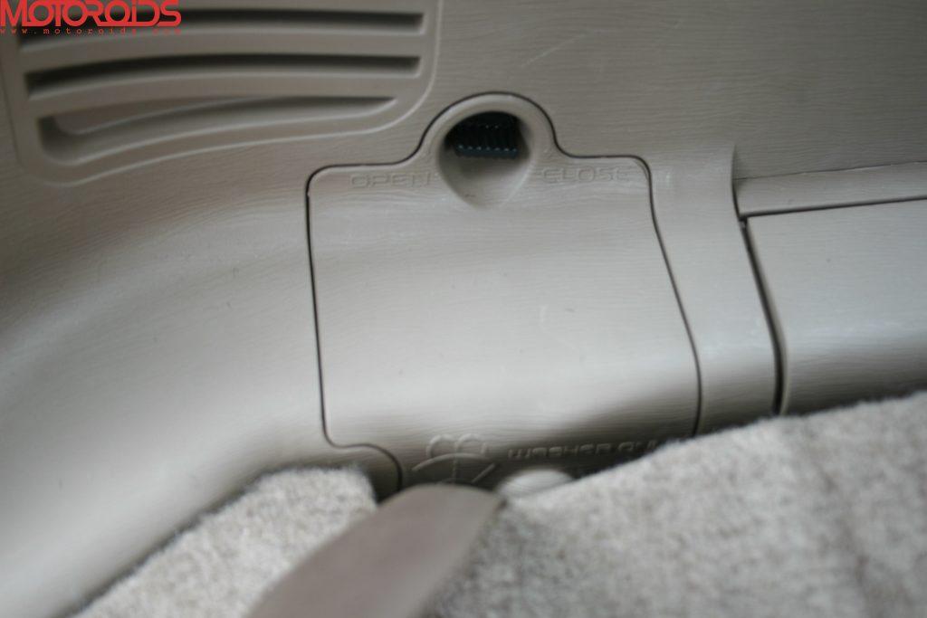 Mahindra XUV500 (14)