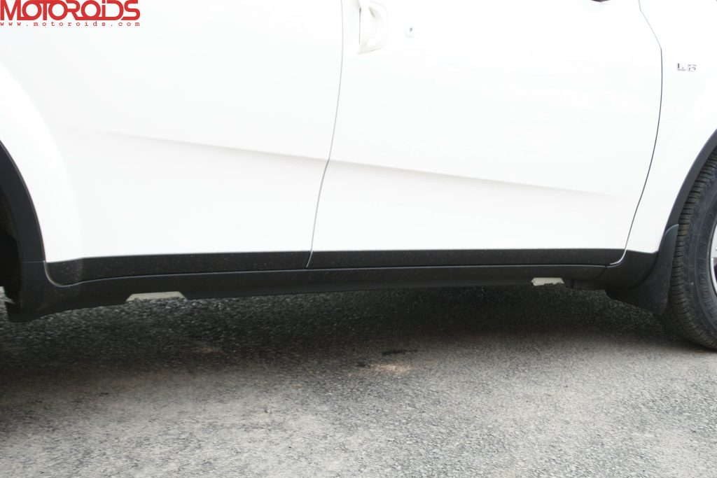 Mahindra XUV500 (6)