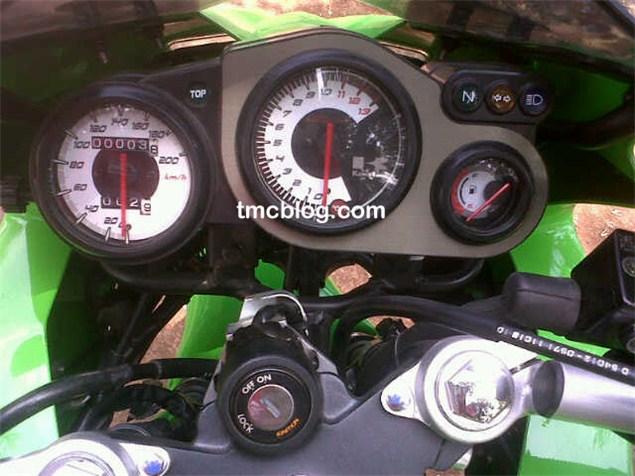 Kawasaki Ninja KRR ZX150 (4)
