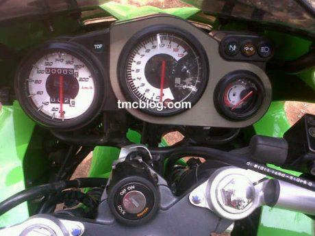 Kawasaki Ninja KRR ZX150 (2)
