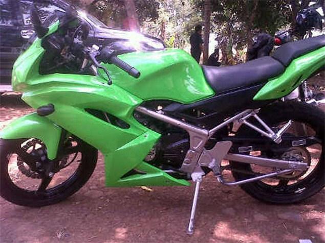 Kawasaki Ninja KRR ZX150 (11)
