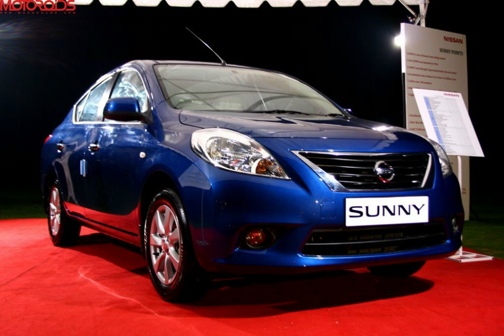 NIssan Sunny, Suuny sedan India (19)