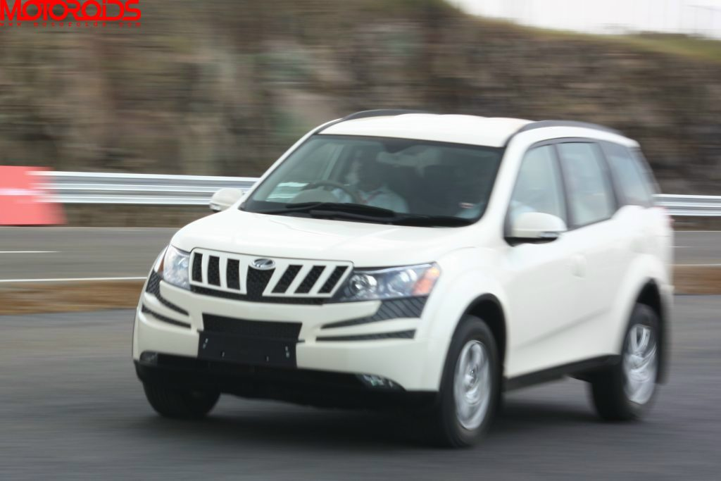 Mahindra XUV500 in action