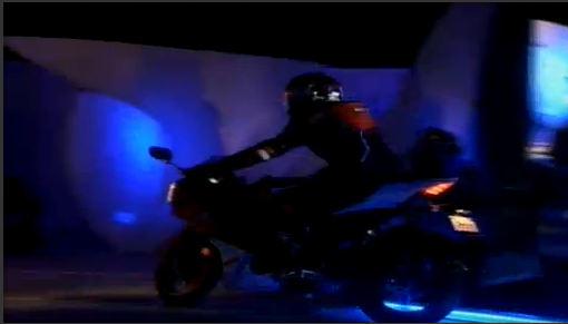 Yamaha R15 Version 2.0 (5)