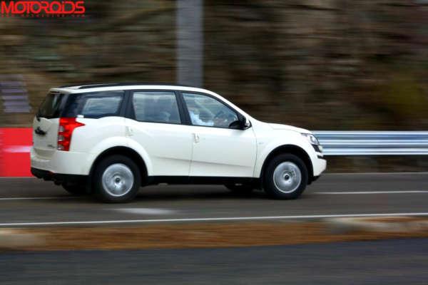 rp_Mahindra-XUV500-SUV-96.jpg