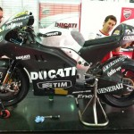 Rossi Posts Picture of his new Ducati Desmosedici GP12 on Twitter