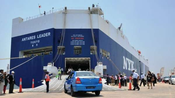 rp_Toyota-South-Africa-Exports-Etios-4.jpg