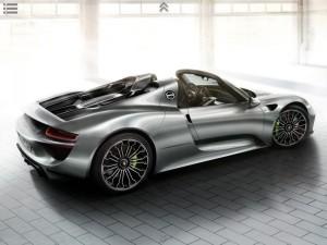 2013-Porsche-918-Spyder-2-300x225