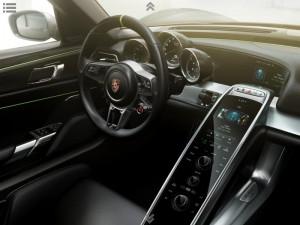 2013-Porsche-918-Spyder-3-300x225
