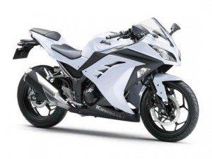 Kawasaki-ninja-300R-white-300x225