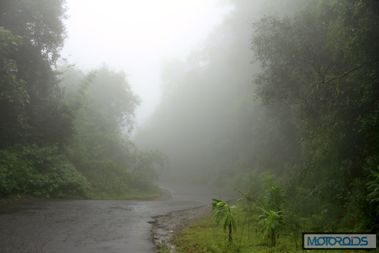 05A-On-the-Virajpet-Thalaserry-road