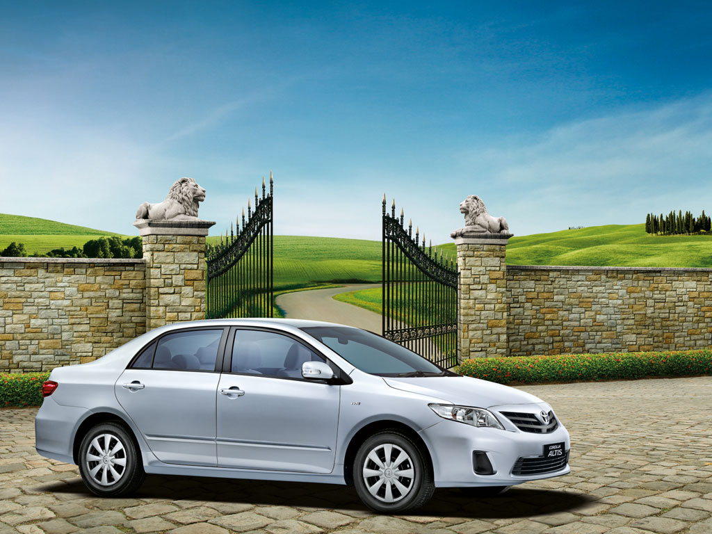 2012-Toyota-Corolla-Altis-Limited-Edition