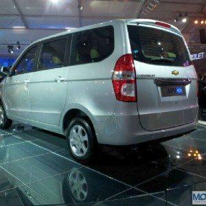 Chevrolet-Enjoy-2