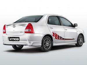 Etios-TRD-Sportlivo-2-300x224